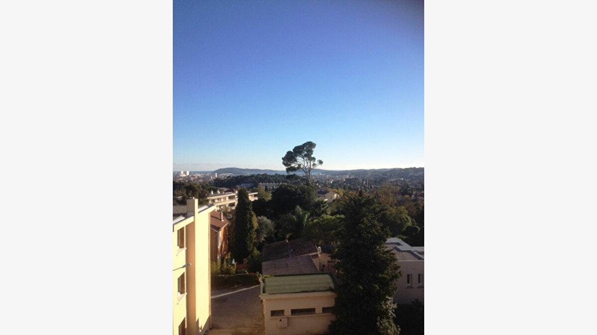 Achat Appartement 4 pièces à Toulon - vignette-9