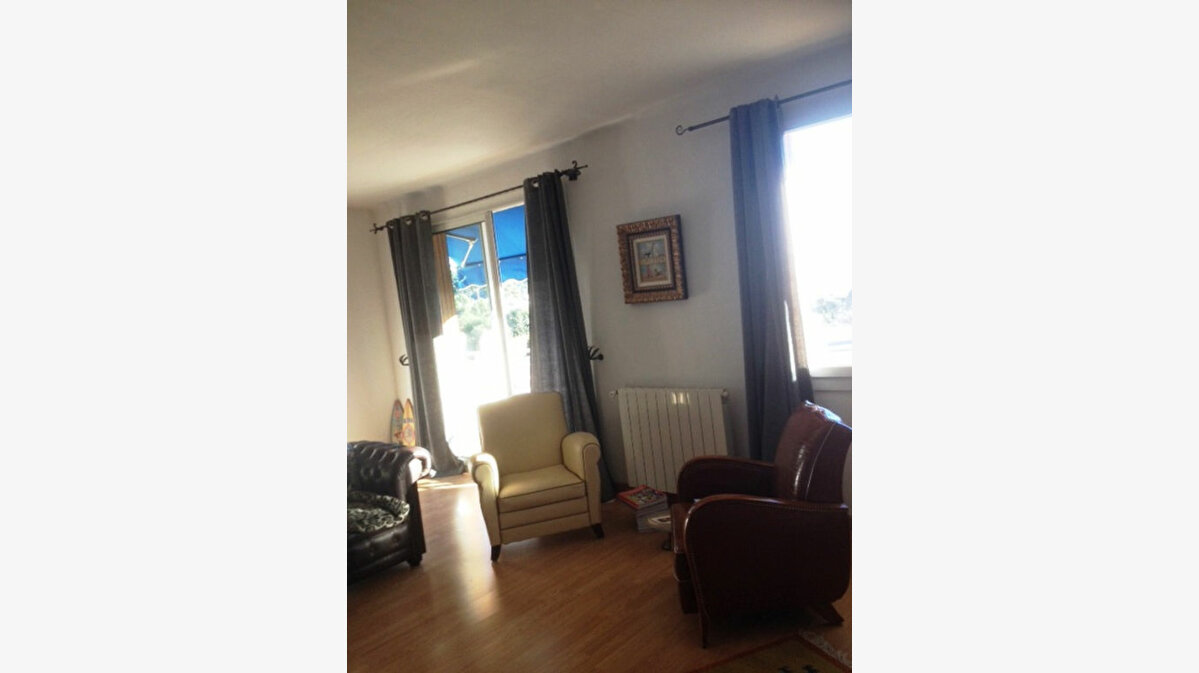 Achat Appartement 4 pièces à Toulon - vignette-12