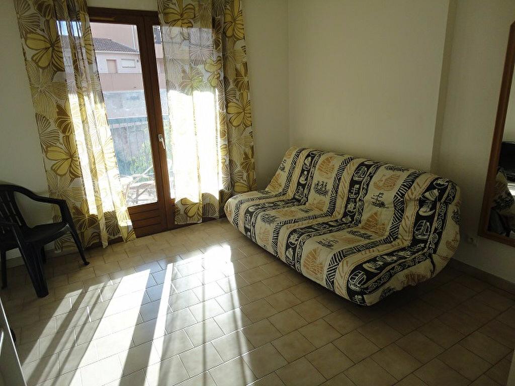 Achat Appartement 1 pièce à Sanary-sur-Mer - vignette-1