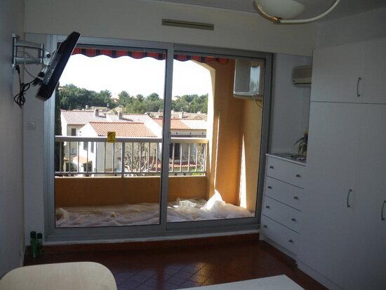 Achat Appartement 1 pièce à Saint-Mandrier-sur-Mer - vignette-2