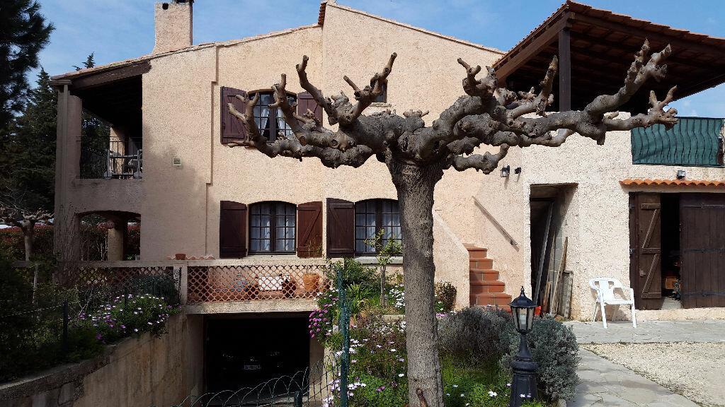 Achat Maison 10 pièces à La Seyne-sur-Mer - vignette-1