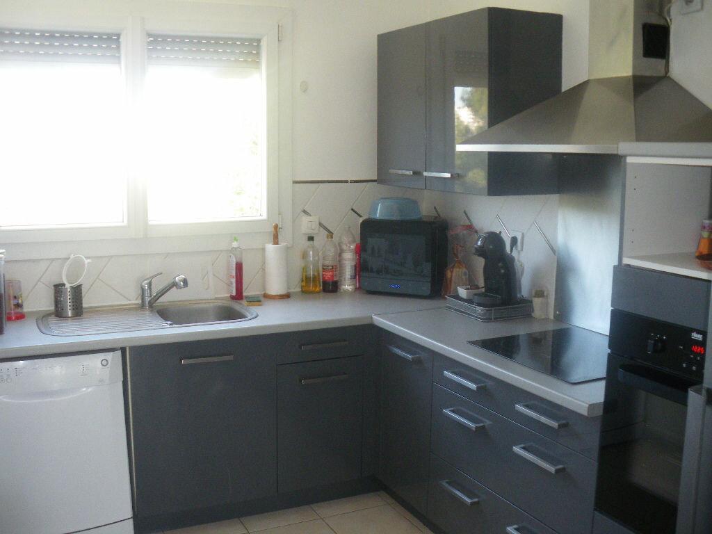 Achat Appartement 3 pièces à La Seyne-sur-Mer - vignette-3
