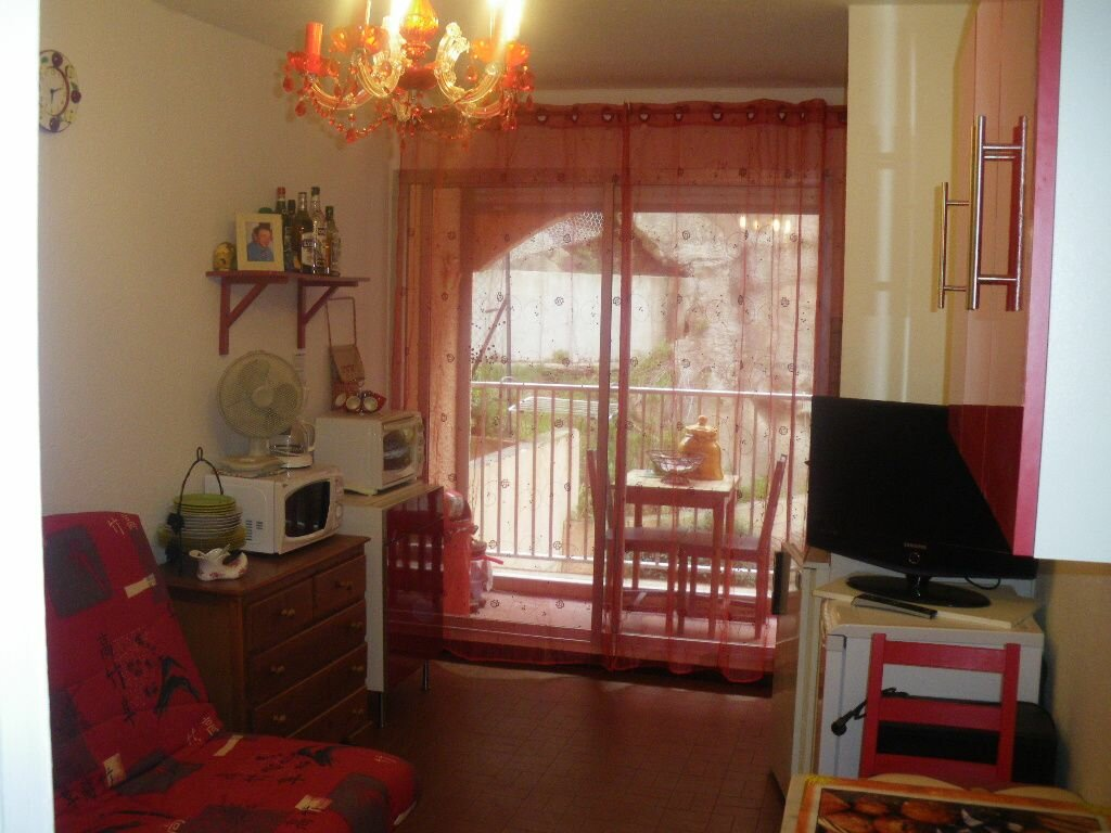 Achat Appartement 1 pièce à Saint-Mandrier-sur-Mer - vignette-1