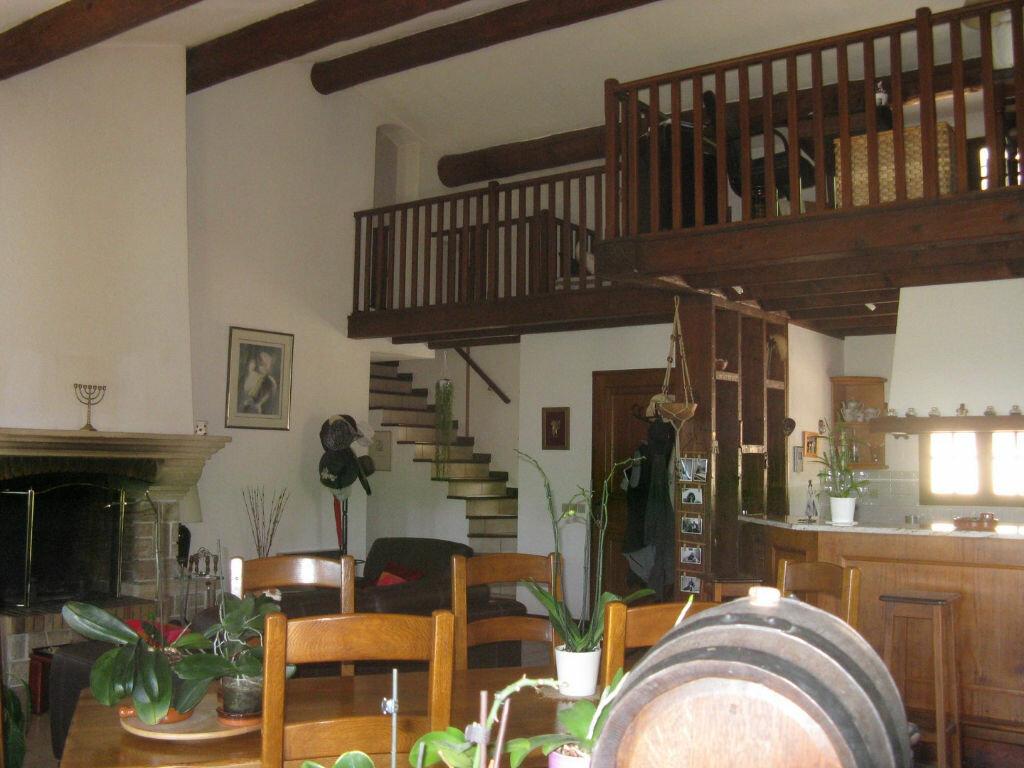 Achat Maison 6 pièces à Sanary-sur-Mer - vignette-8