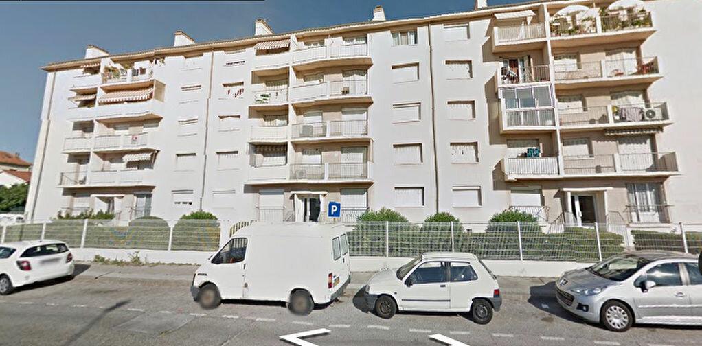 Achat Appartement 4 pièces à Toulon - vignette-1