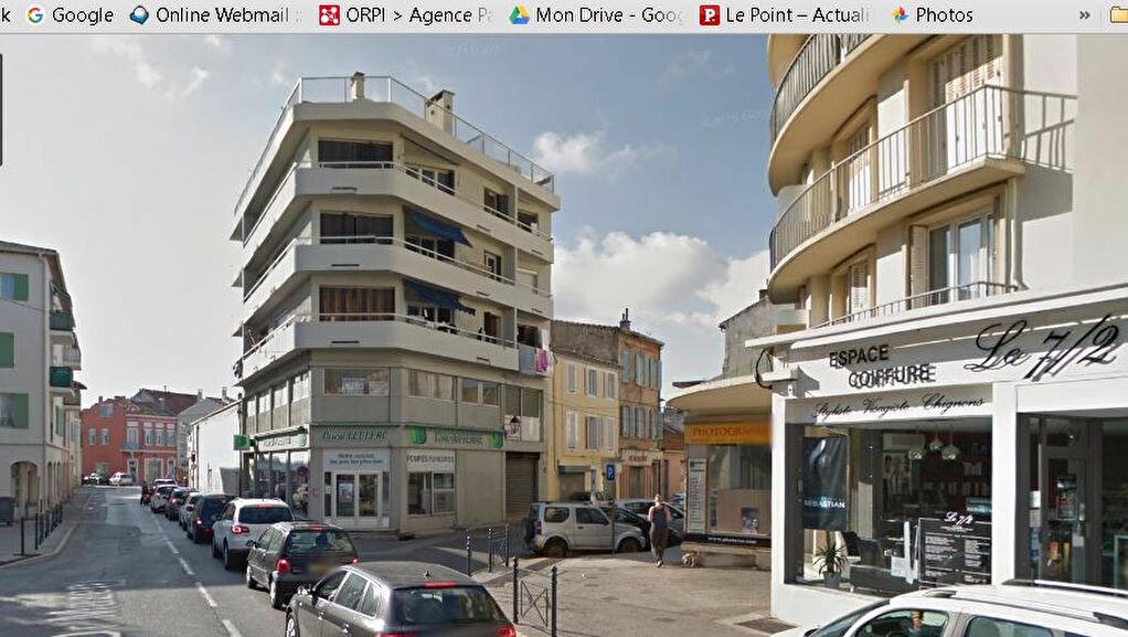 Location Local d'activité  à La Seyne-sur-Mer - vignette-2