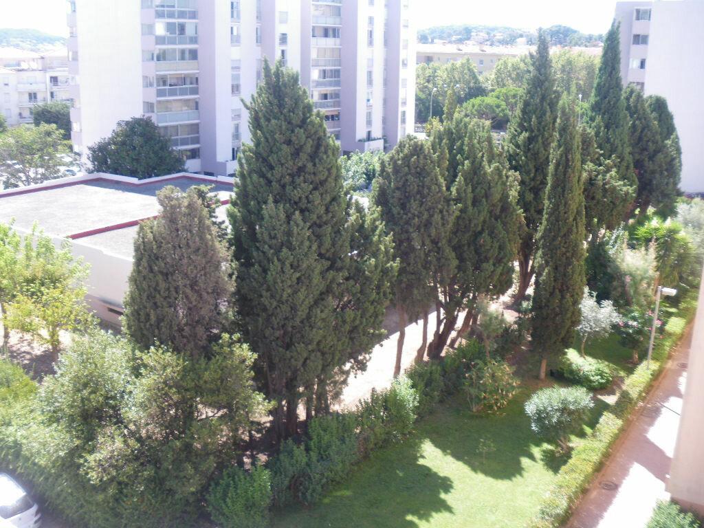 Achat Appartement 3 pièces à La Seyne-sur-Mer - vignette-2