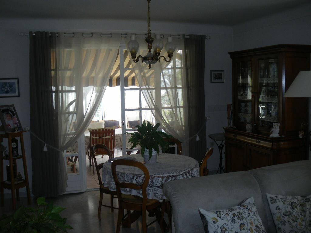 Achat Maison 8 pièces à La Seyne-sur-Mer - vignette-4