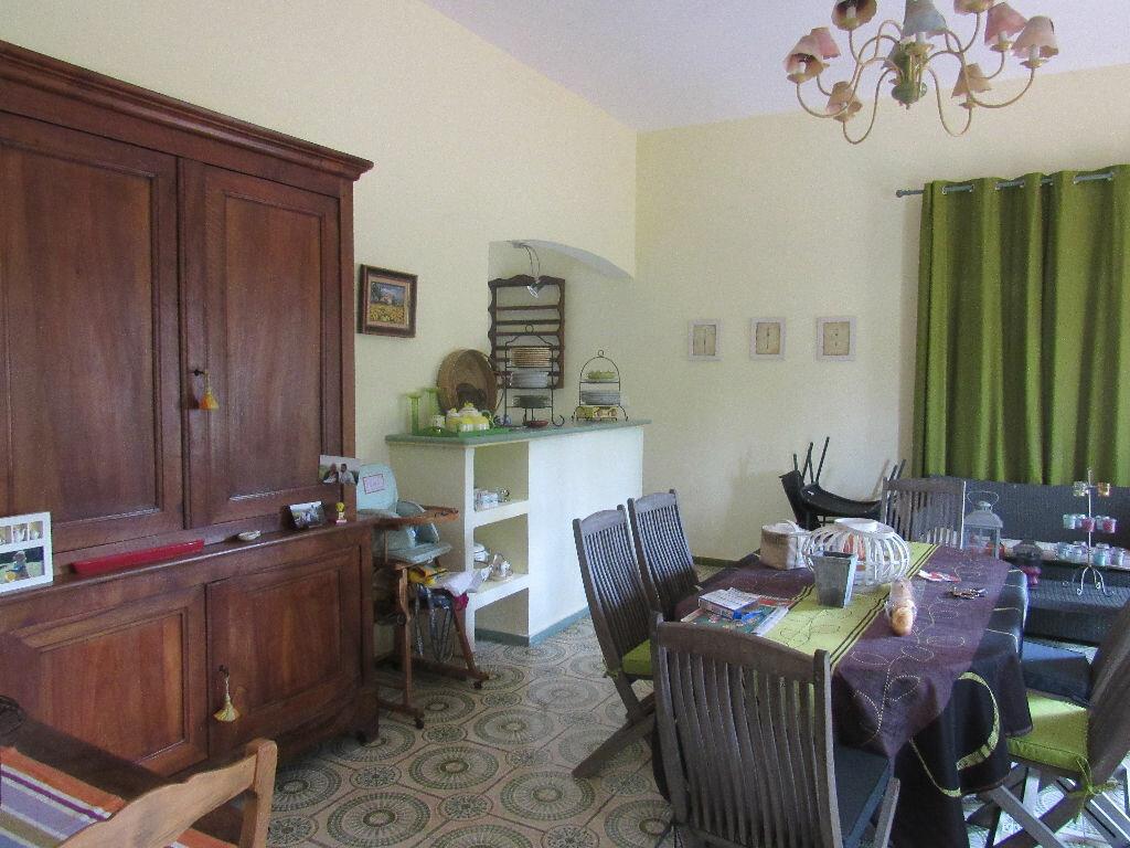 Achat Maison 7 pièces à Sanary-sur-Mer - vignette-2