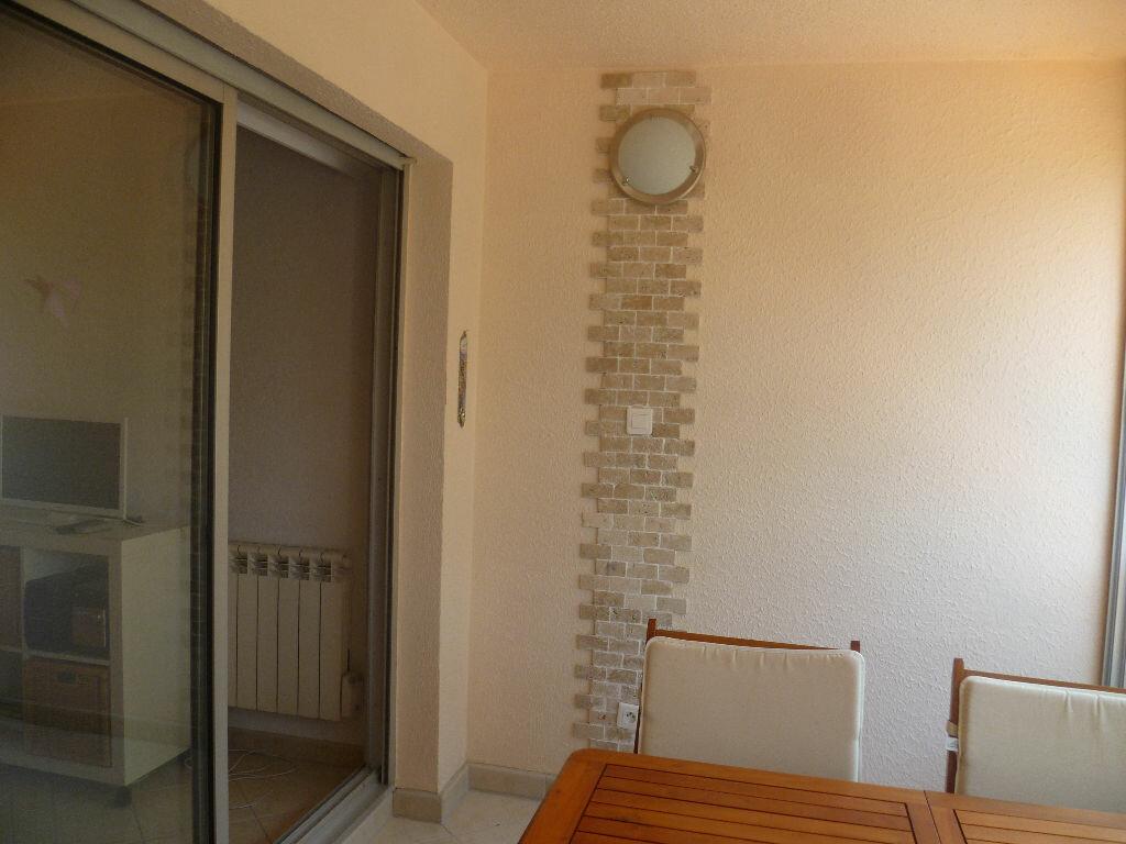 Achat Appartement 1 pièce à Saint-Mandrier-sur-Mer - vignette-10