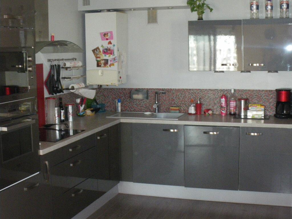 Achat Appartement 4 pièces à La Seyne-sur-Mer - vignette-3
