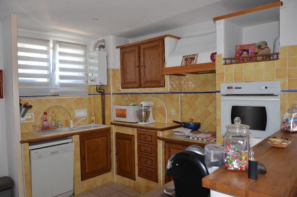 Achat Appartement 4 pièces à La Seyne-sur-Mer - vignette-10