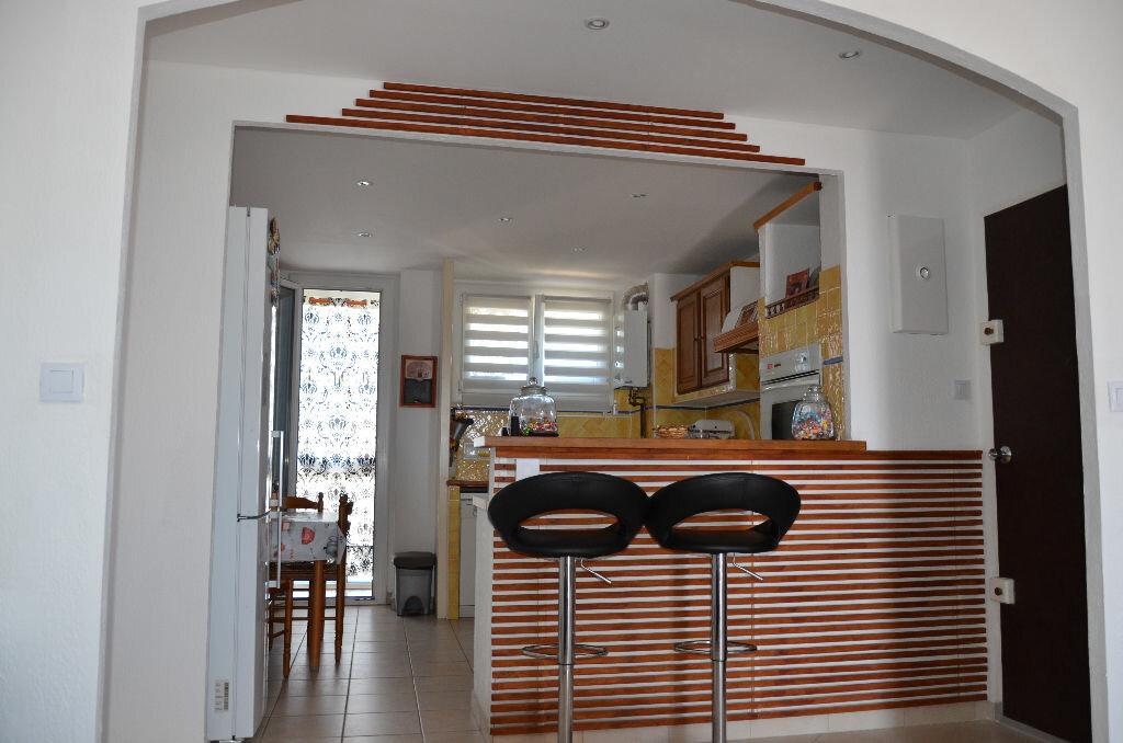 Achat Appartement 4 pièces à La Seyne-sur-Mer - vignette-11