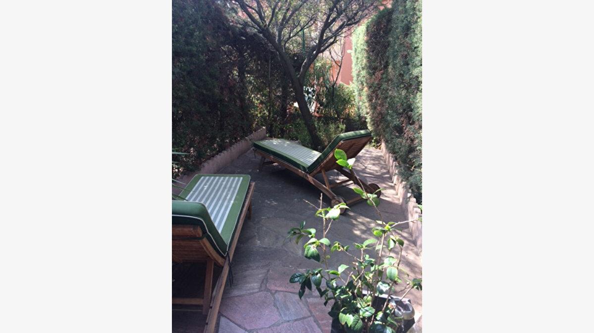 Location Appartement 1 pièce à Bandol - vignette-1