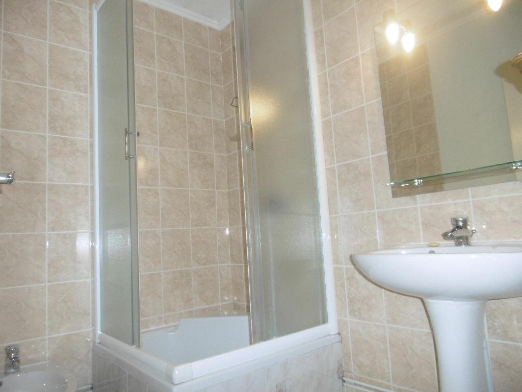 Achat Appartement 4 pièces à Toulon - vignette-7
