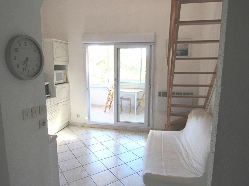 Achat Appartement 2 pièces à Sanary-sur-Mer - vignette-1