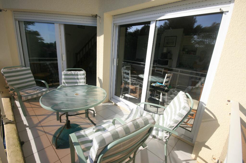 Achat Appartement 4 pièces à Saint-Georges-de-Didonne - vignette-1