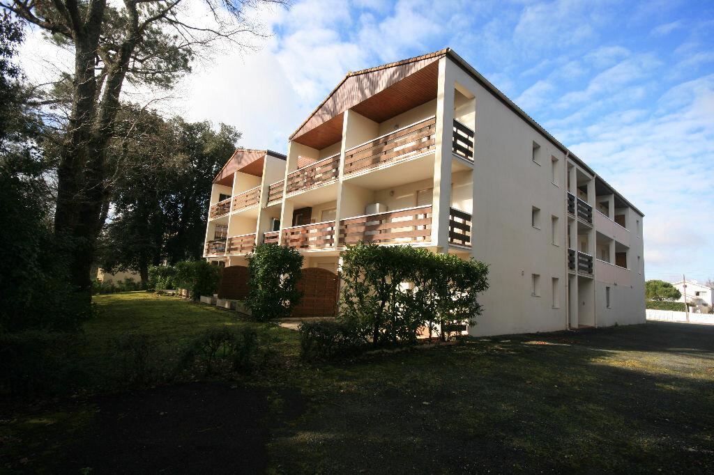 Achat Appartement 3 pièces à Saint-Georges-de-Didonne - vignette-1
