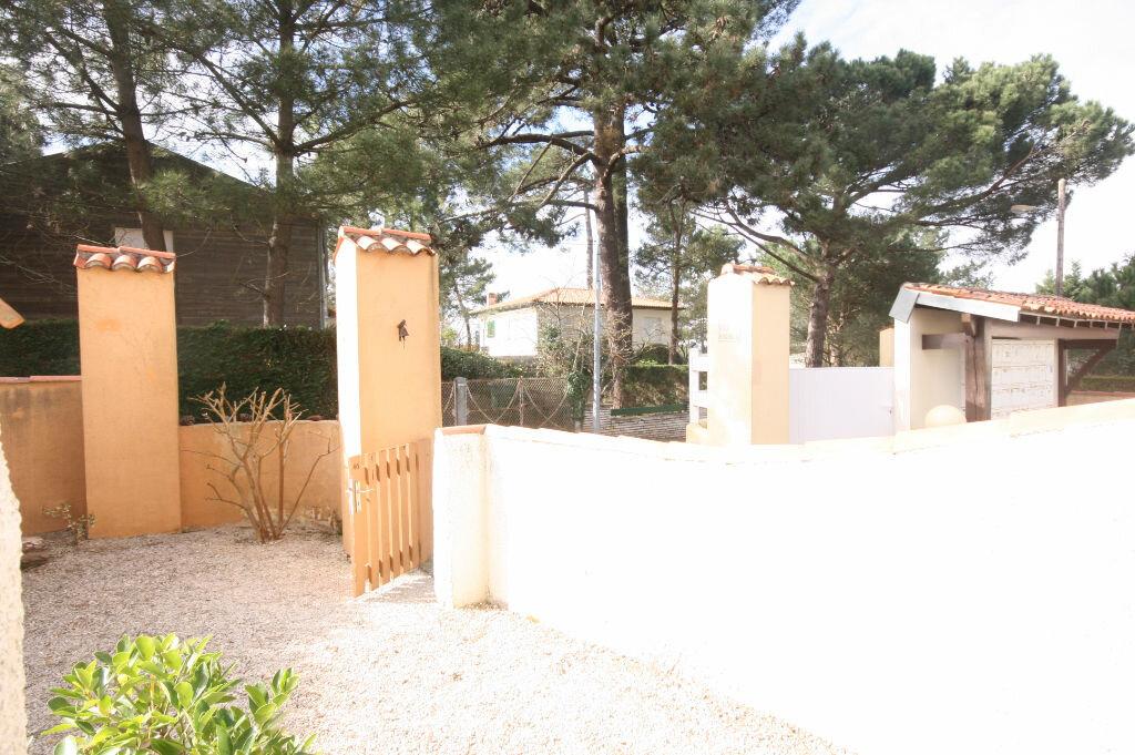 Achat Appartement 3 pièces à Saint-Georges-de-Didonne - vignette-4
