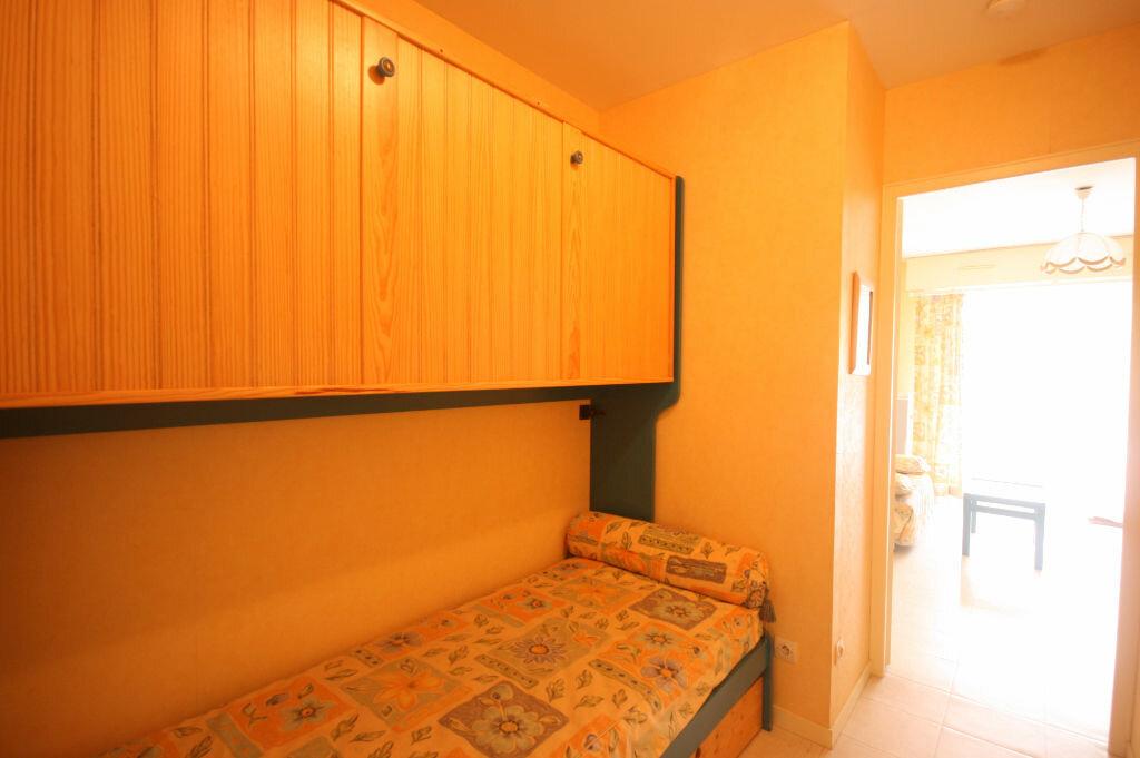 Achat Appartement 1 pièce à Saint-Georges-de-Didonne - vignette-5