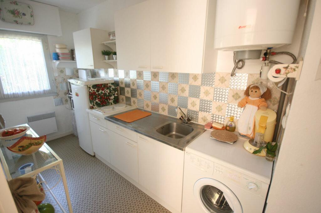 Achat Appartement 2 pièces à Saint-Georges-de-Didonne - vignette-3