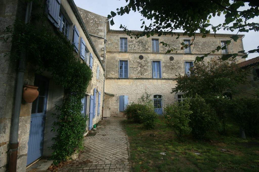 Achat Maison 14 pièces à Semussac - vignette-1