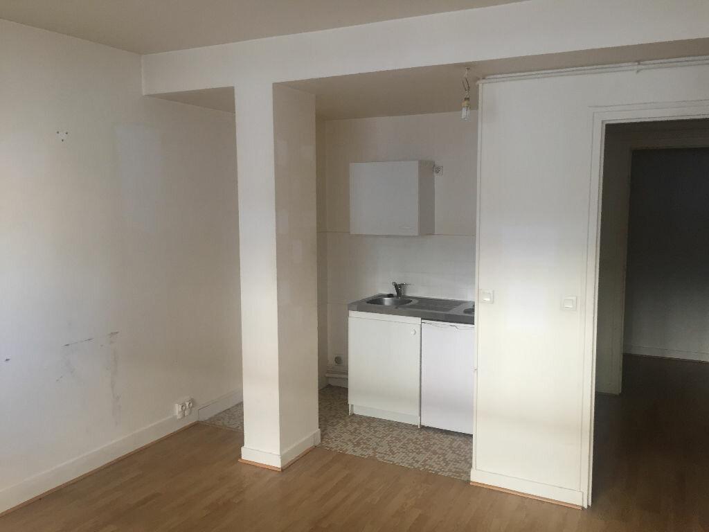 Achat Appartement 1 pièce à Puteaux - vignette-1