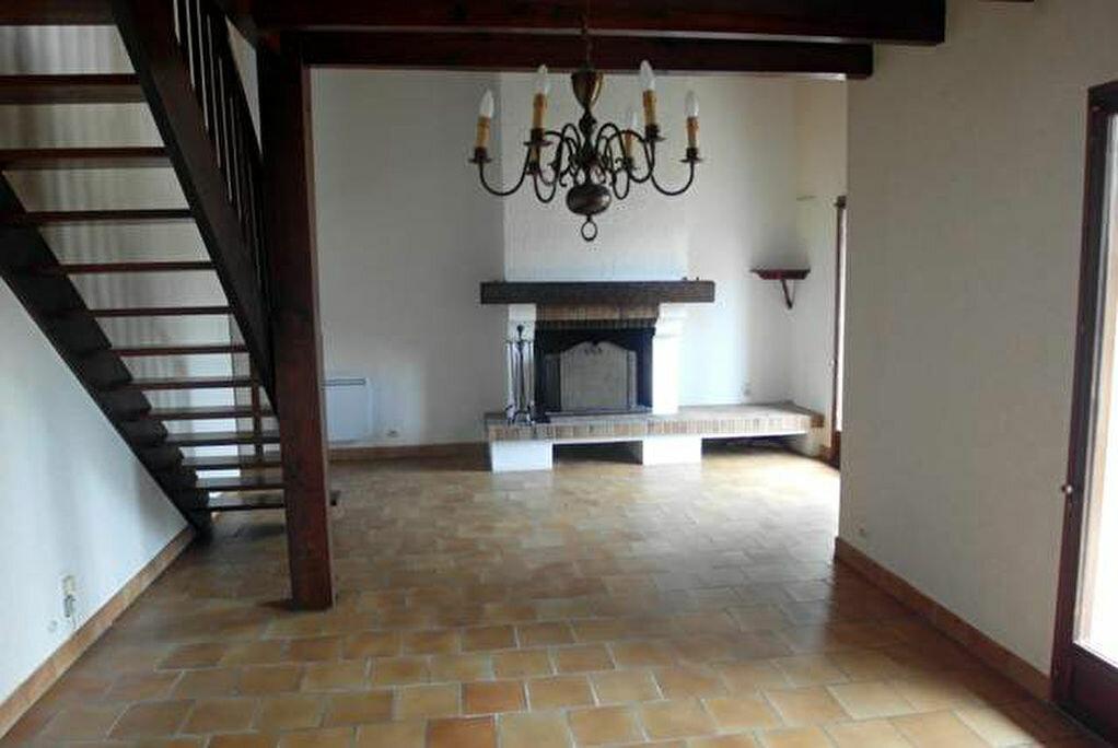 Achat Maison 4 pièces à Saint-Sever - vignette-6