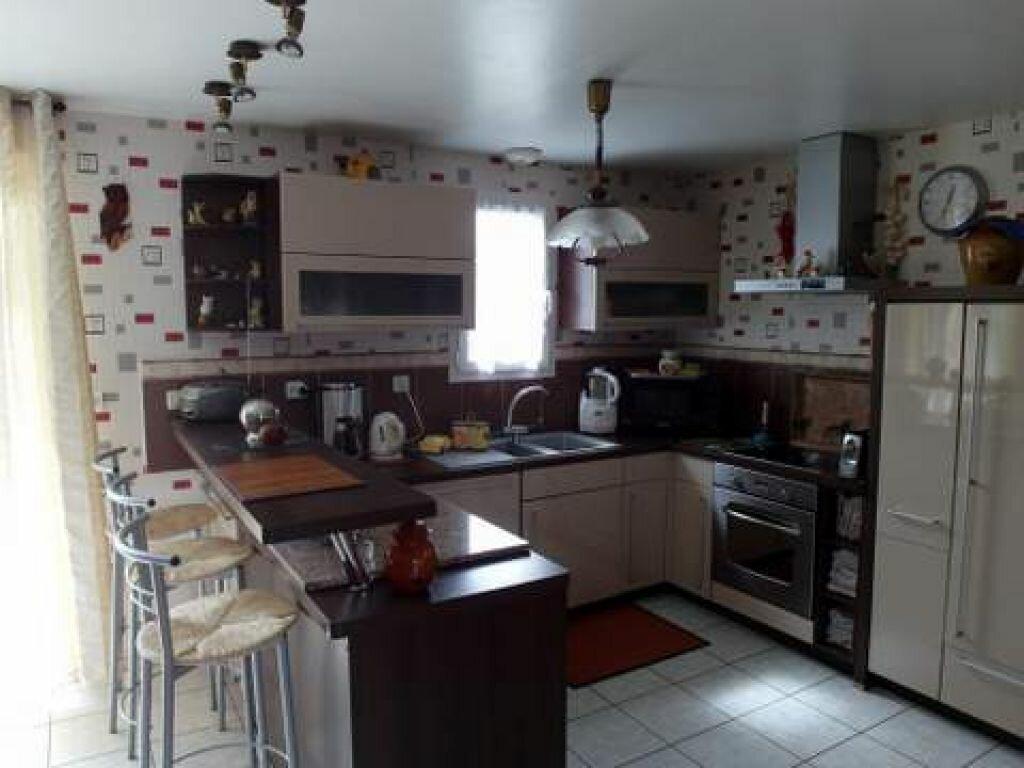 Achat Maison 4 pièces à Saint-Sever - vignette-5