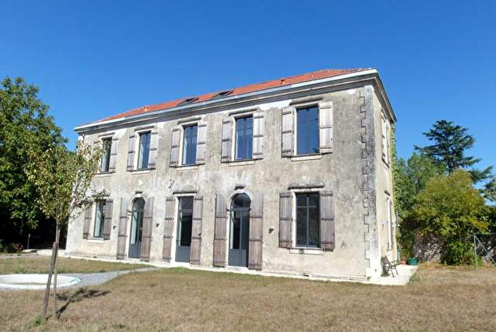 Achat Maison 6 pièces à Saint-Sever - vignette-1