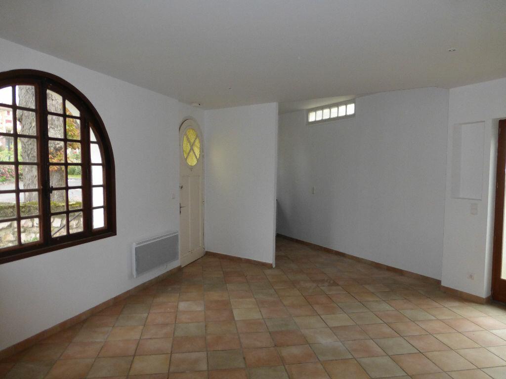 Location Maison 3 pièces à Hagetmau - vignette-3