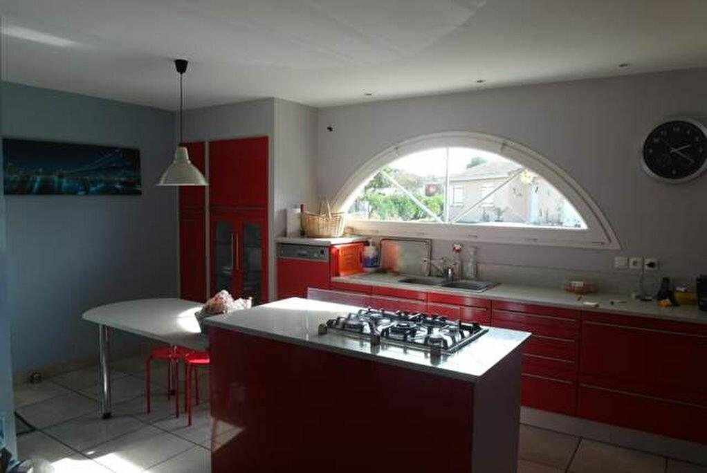 Achat Maison 8 pièces à Saint-Sever - vignette-4