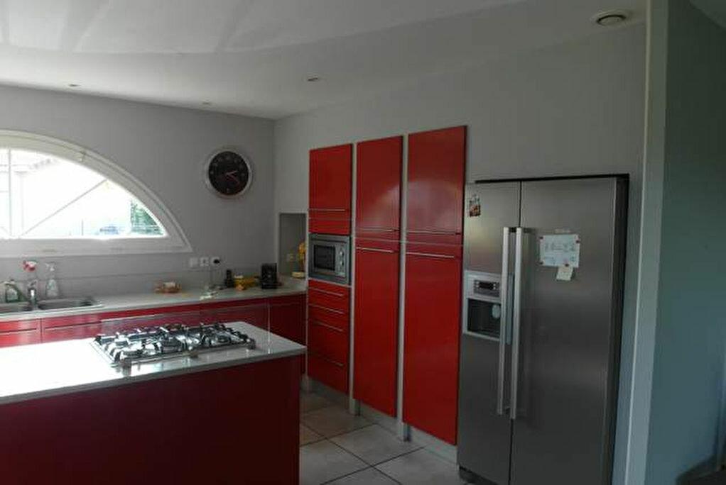Achat Maison 8 pièces à Saint-Sever - vignette-11