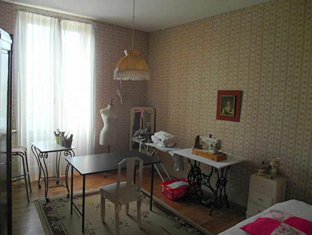 Achat Maison 6 pièces à Saint-Sever - vignette-8