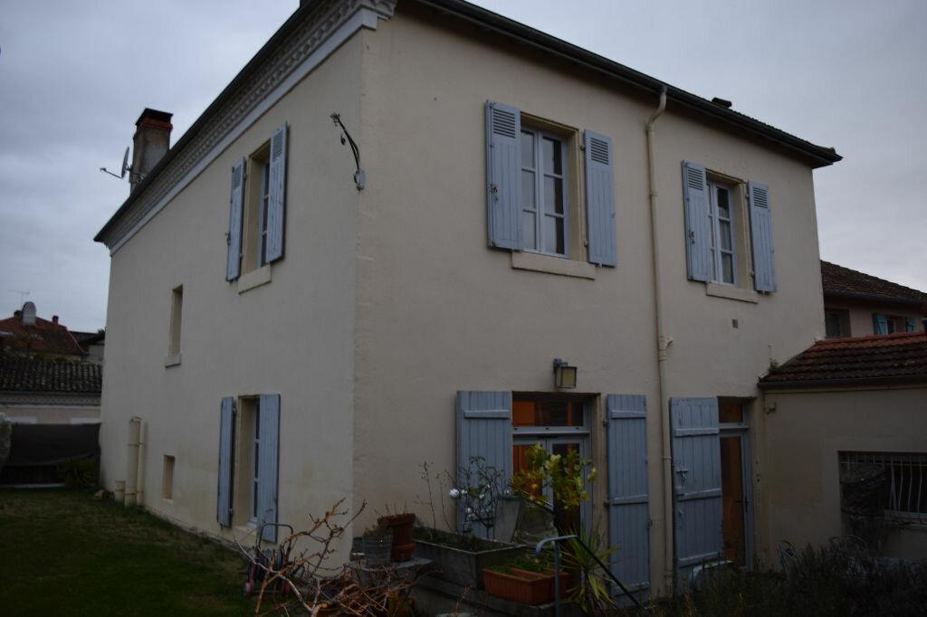 Achat Maison 10 pièces à Saint-Sever - vignette-1