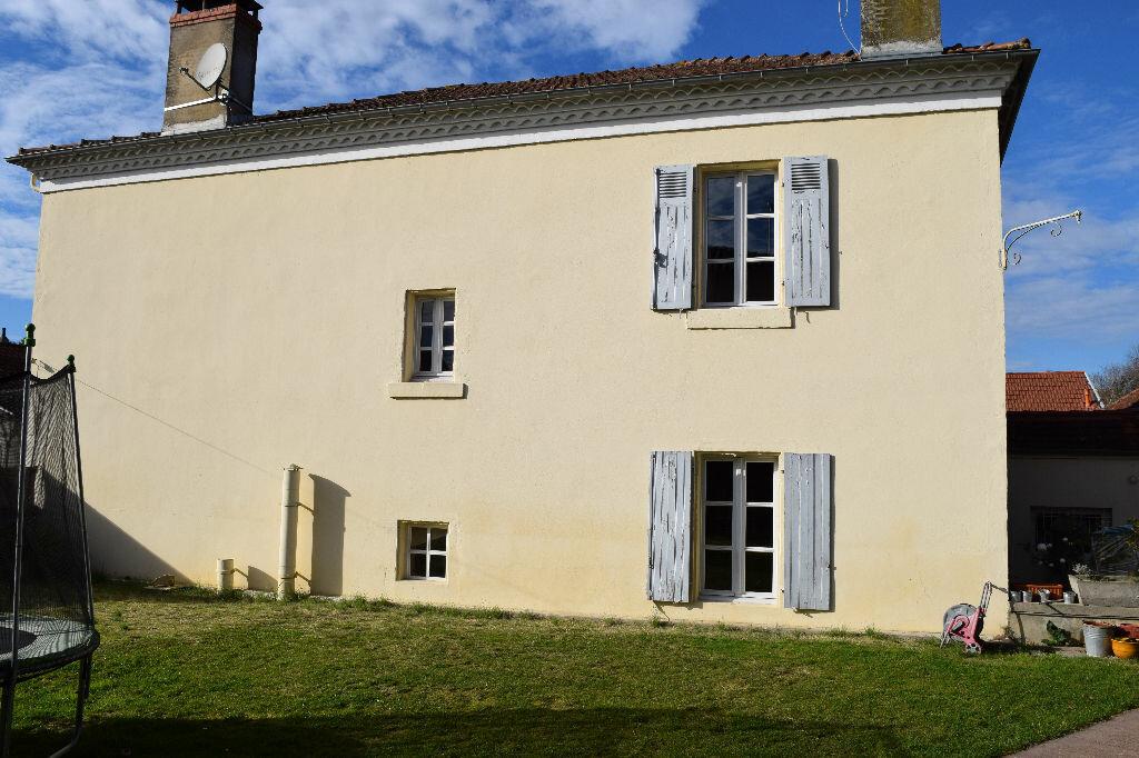 Achat Maison 10 pièces à Saint-Sever - vignette-5