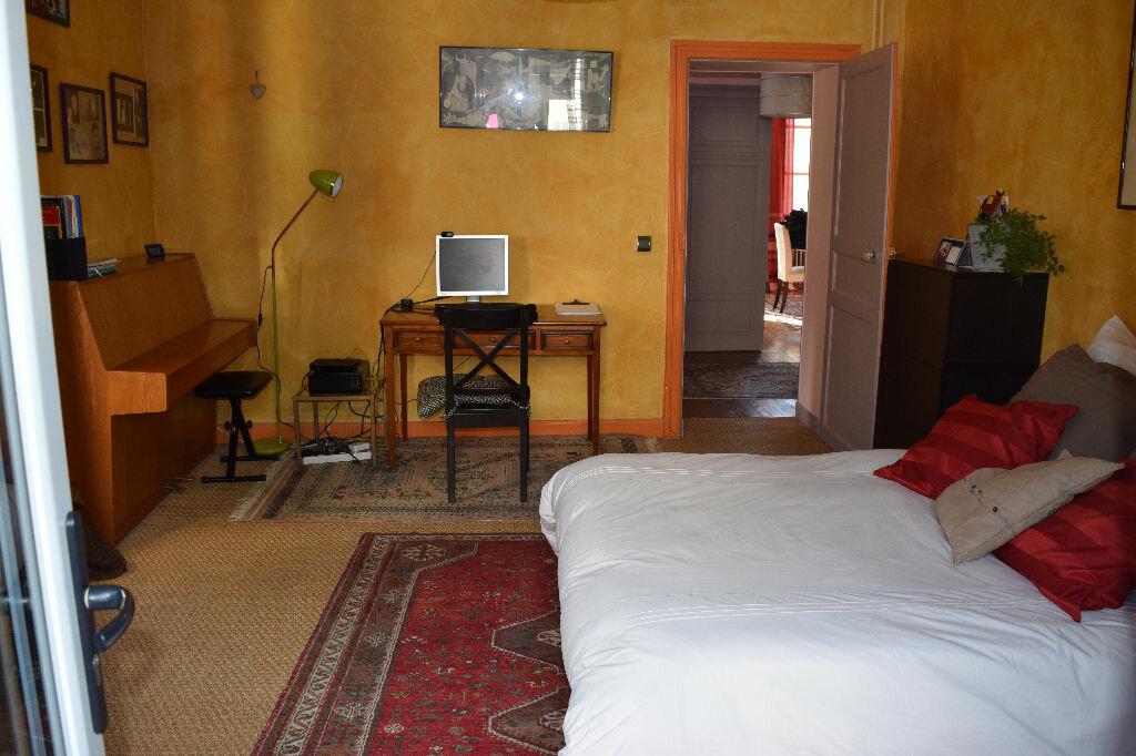 Achat Maison 10 pièces à Saint-Sever - vignette-7
