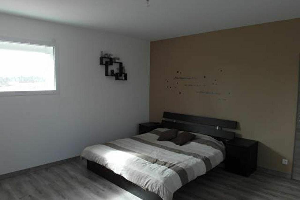 Achat Maison 9 pièces à Saint-Sever - vignette-7