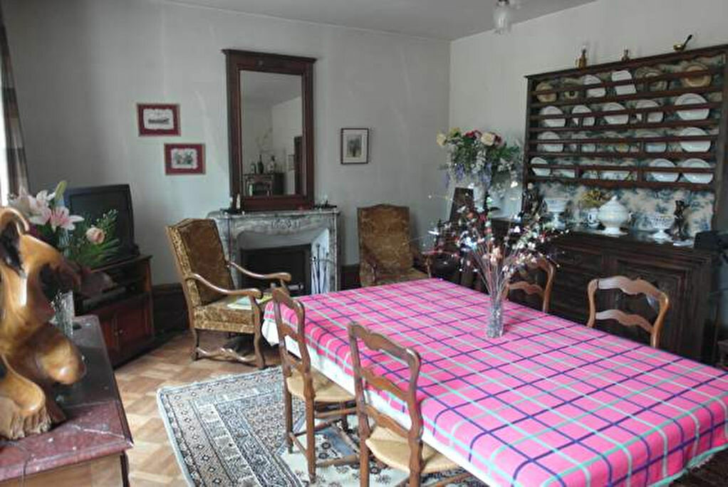 Achat Maison 9 pièces à Saint-Sever - vignette-5