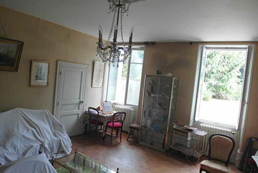 Achat Maison 9 pièces à Saint-Sever - vignette-15