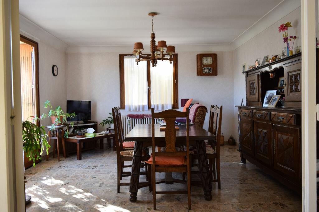Achat Maison 5 pièces à Saint-Sever - vignette-2