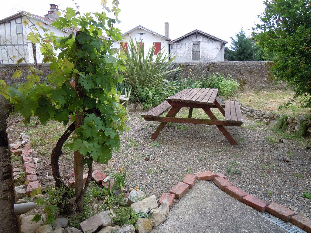 Location Maison 4 pièces à Montaut - vignette-2