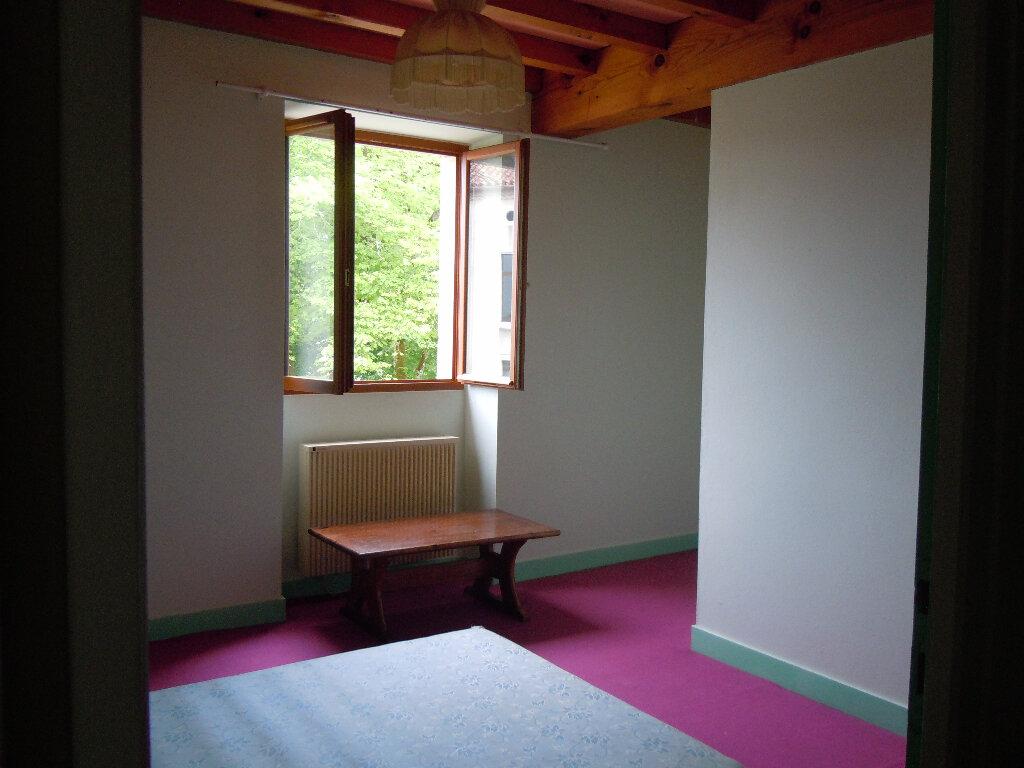 Location Maison 4 pièces à Montaut - vignette-6