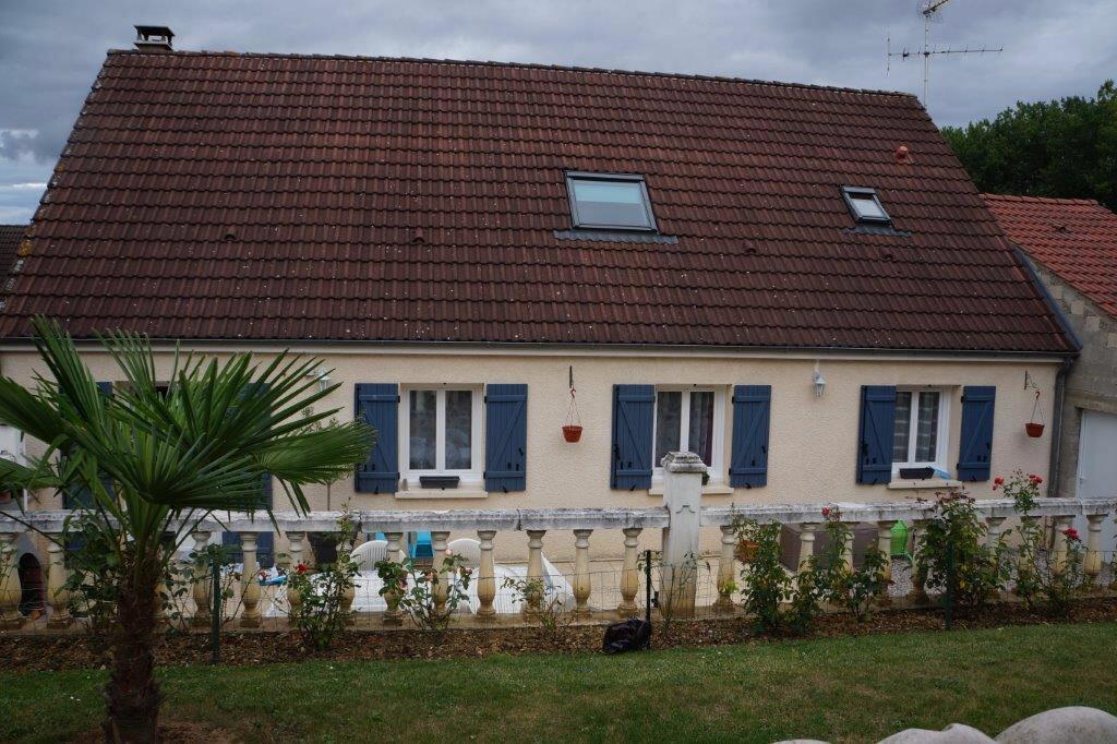 Achat Maison 6 pièces à Saint-Just-en-Chaussée - vignette-1