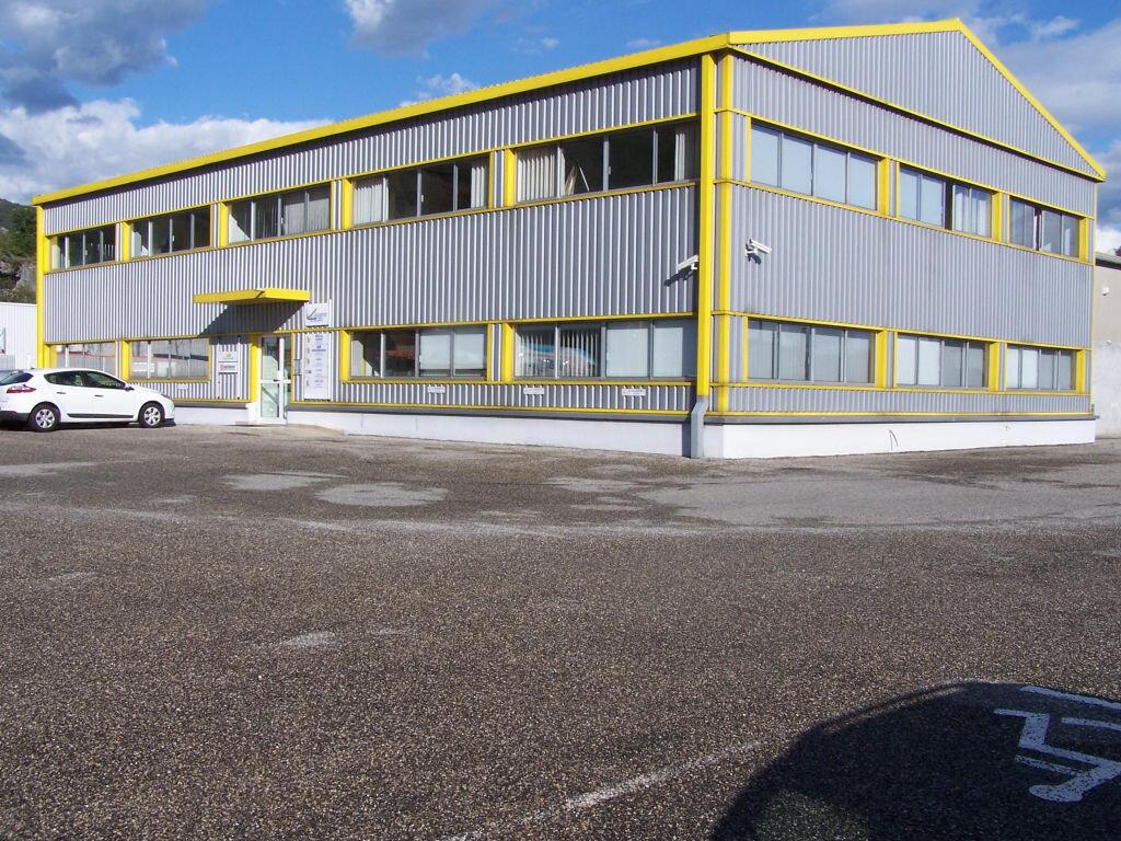 Location Bureaux  à Béon - vignette-1