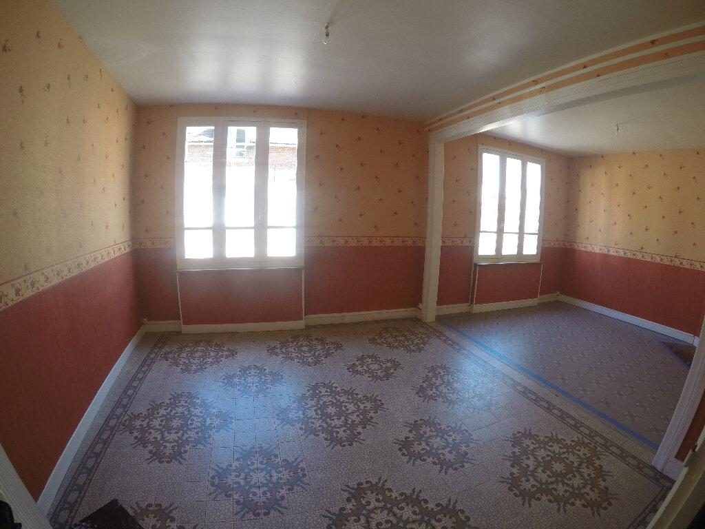 Location Maison 4 pièces à Estrées-Saint-Denis - vignette-1