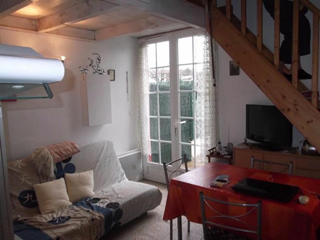 Achat Appartement 1 pièce à Saint-Pée-sur-Nivelle - vignette-1