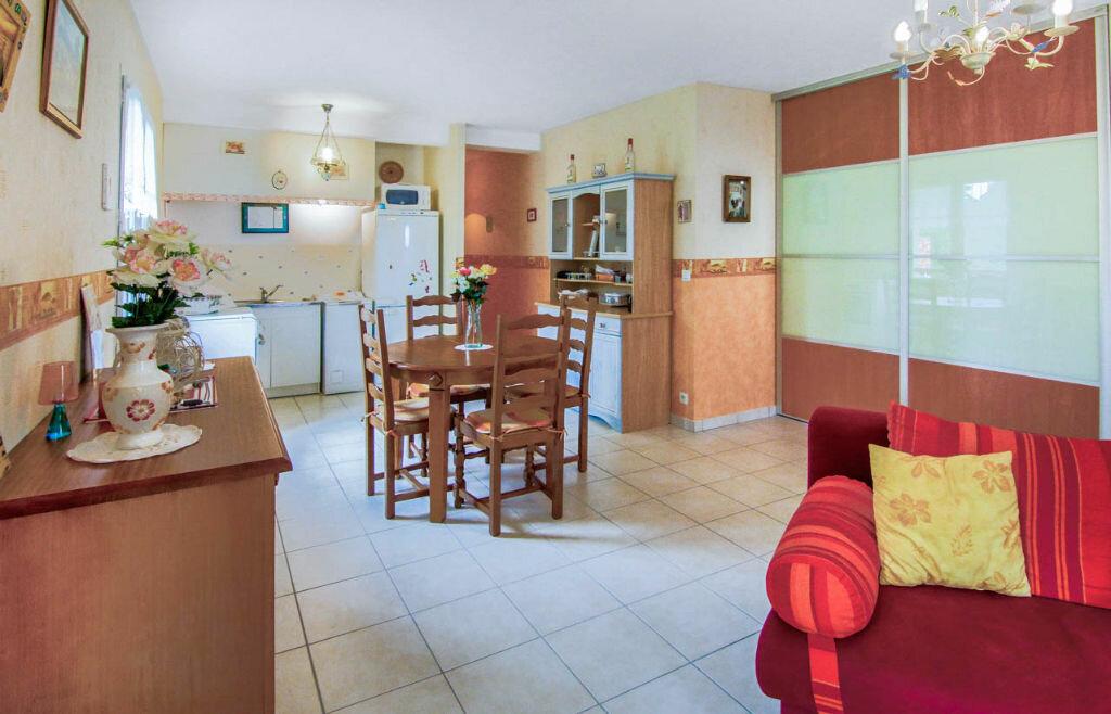 Achat Appartement 3 pièces à Saint-Pée-sur-Nivelle - vignette-1