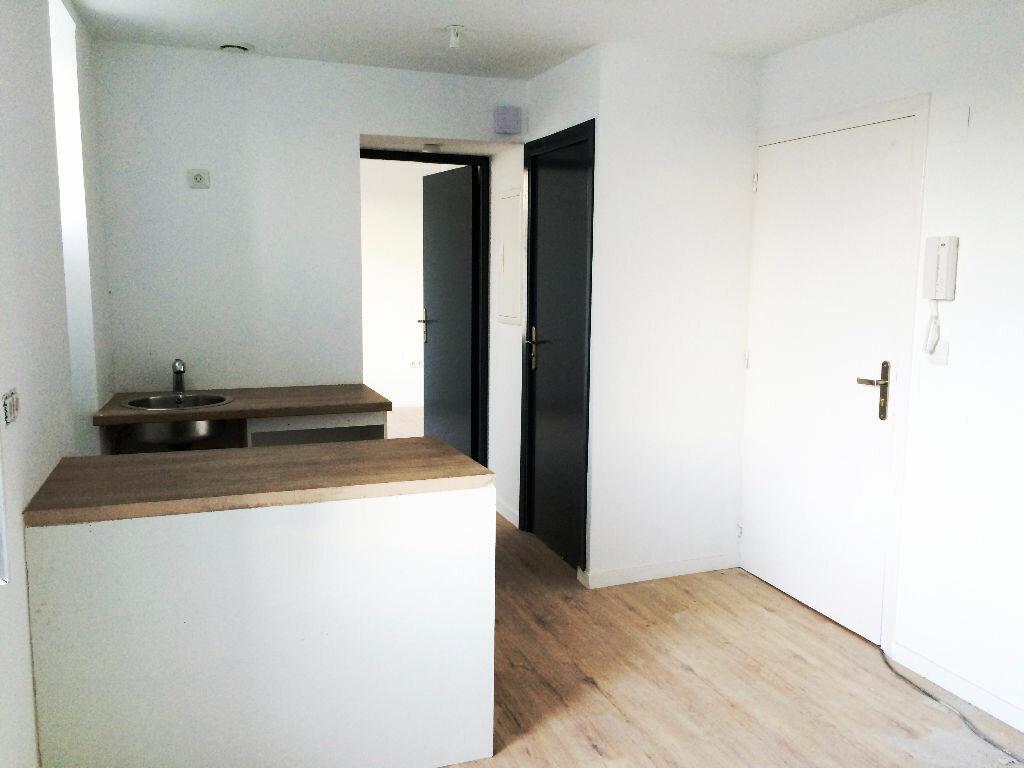 Achat Appartement 2 pièces à Saint-Pée-sur-Nivelle - vignette-1