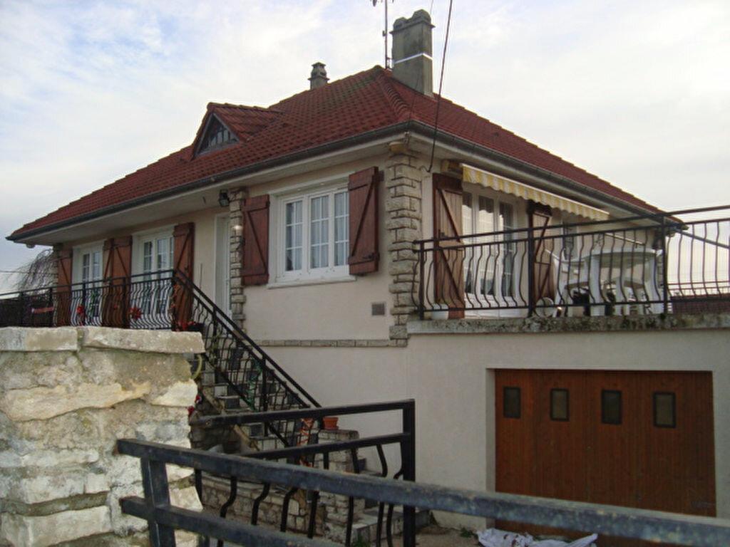 Achat Maison 6 pièces à Château-sur-Epte - vignette-1
